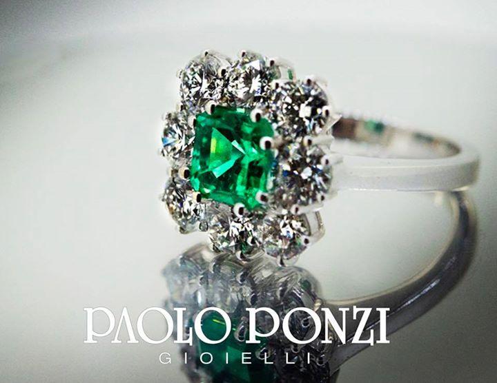 Aspettando la primavera verde  #smeraldo  #diamanti  #fattoamano  #bagnacavallo …